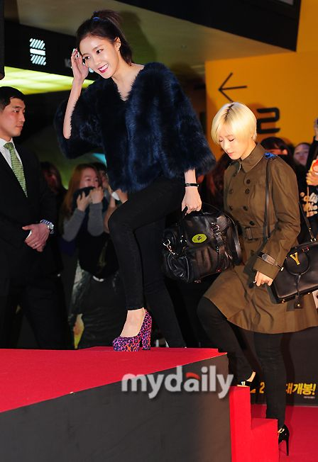 T-ARAヒョミン&ウンジョンが映画『容疑者』VIP試写会に参加