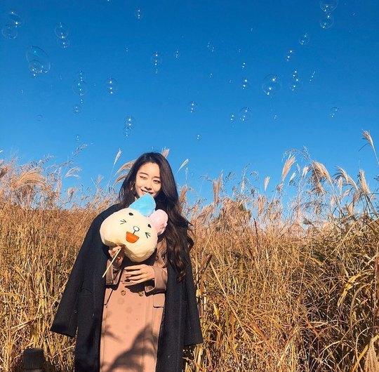 ジヨンがダウン姿で秋を満喫【インスタ画像】